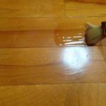 体育館とかで使われるフロアーユートン(GC-11)を部屋床フローリングに塗ってみた!