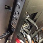 REGZA液晶テレビで画面に横線が入る不具合とHDMI入力の映像が映らない不具合対応