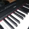 YAMAHA 電子ピアノ P-115からプラスチックのノイズが!?意外な原因で簡単に直りました