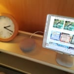 Google Home Miniを寝室用に購入!タイマー付き睡眠用BGMや環境音でリラックス&不眠症の解消など無料でも超便利!